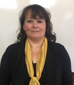 Cristina Barría (Profesora)